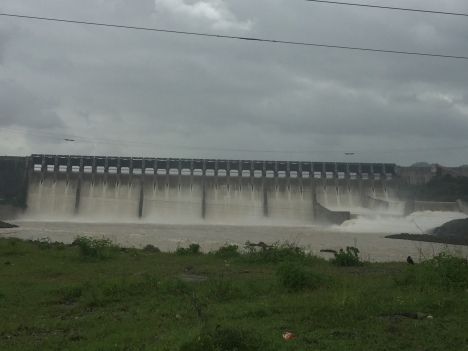 over flow narmada dam