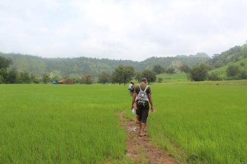 trek to dahel water fall
